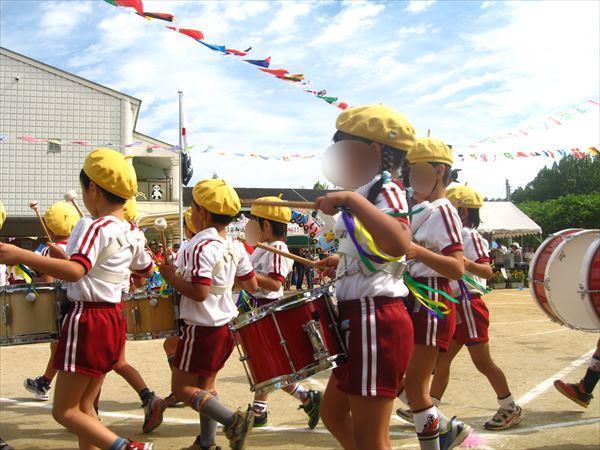 幼稚園運動会パレード